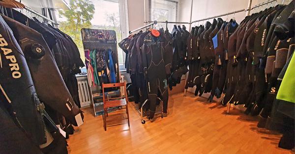 Verkauf Neoprenanzug Tauchschule Hannover